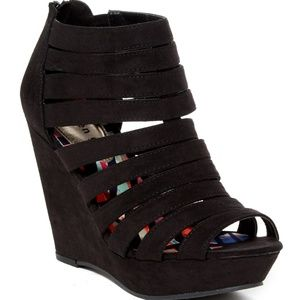 Madden Girl Kiick It Strappy Black Wedges